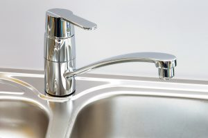 close-up-stainless-kitchen-sink