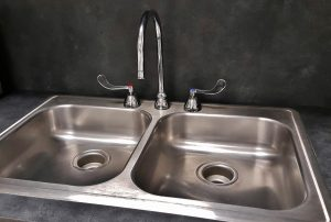 stainless-kitchen-sink